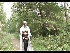 Britiske trofæ kone i skoven
