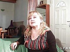 Lille store modne sodomisee og fisted hendes mand
