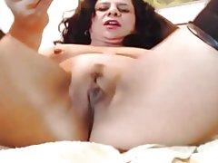 Fantastiske røv latina milf camgirl cums på dildo