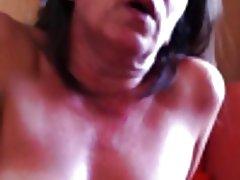 Louises fisse små bryster