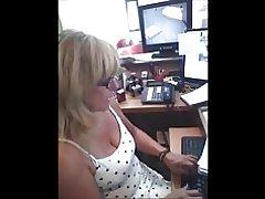 Spy modne på arbejde boobs :)