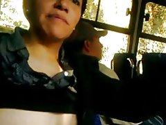 Boobs show i bus