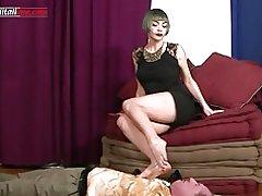 Ui034-den professionist første episode-mund fetish trampe